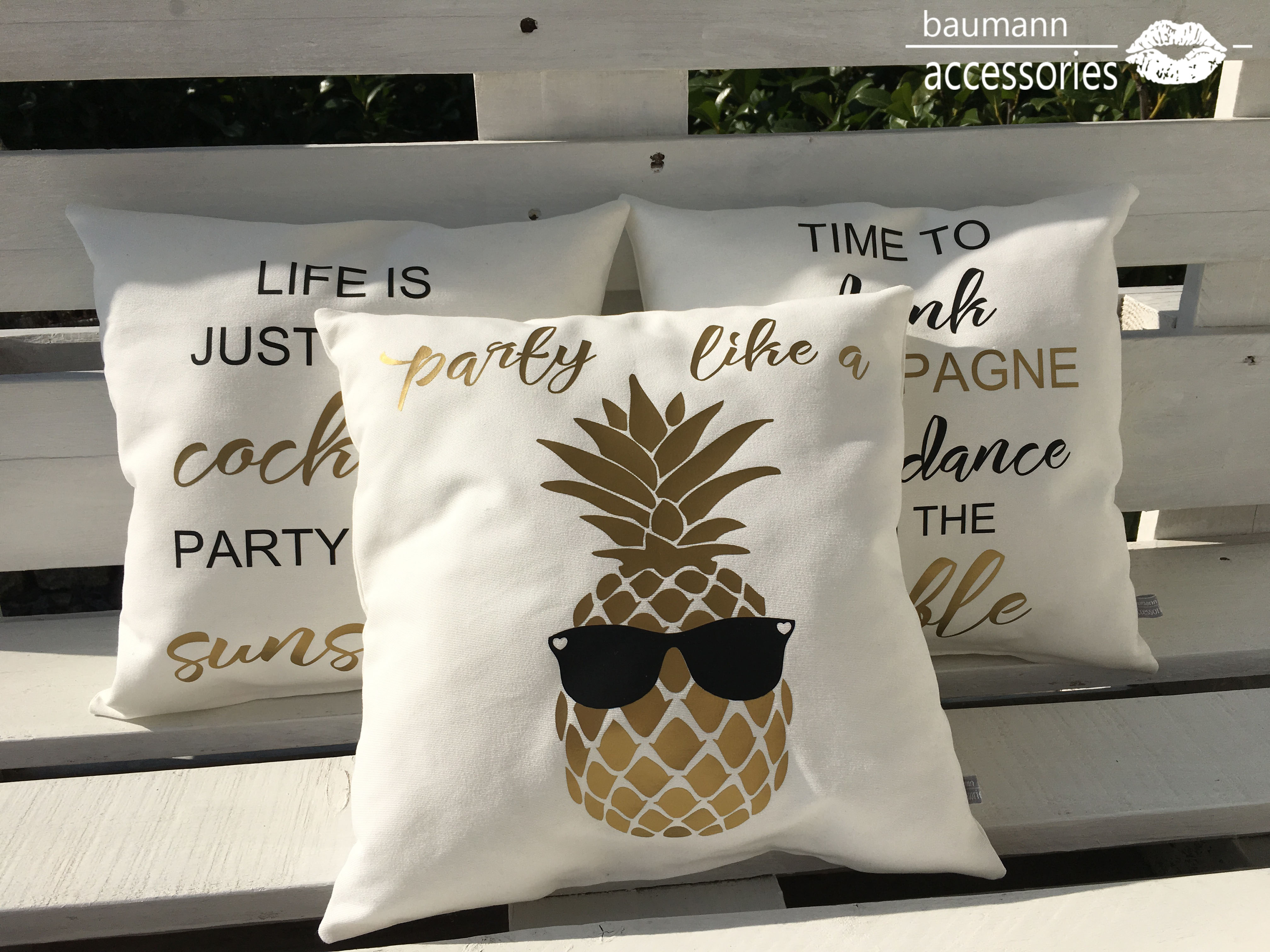 party like a pineapple bar kissen baumann accessories. Black Bedroom Furniture Sets. Home Design Ideas